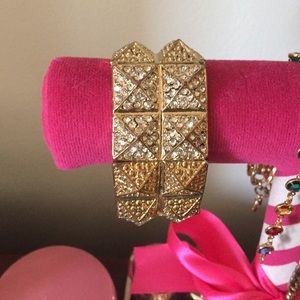 Buckle Jewelry - Gold braclet